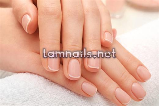 Chăm Sóc Móng: Mẹo hồi phục móng tay bị ố vàng sau khi sơn móng
