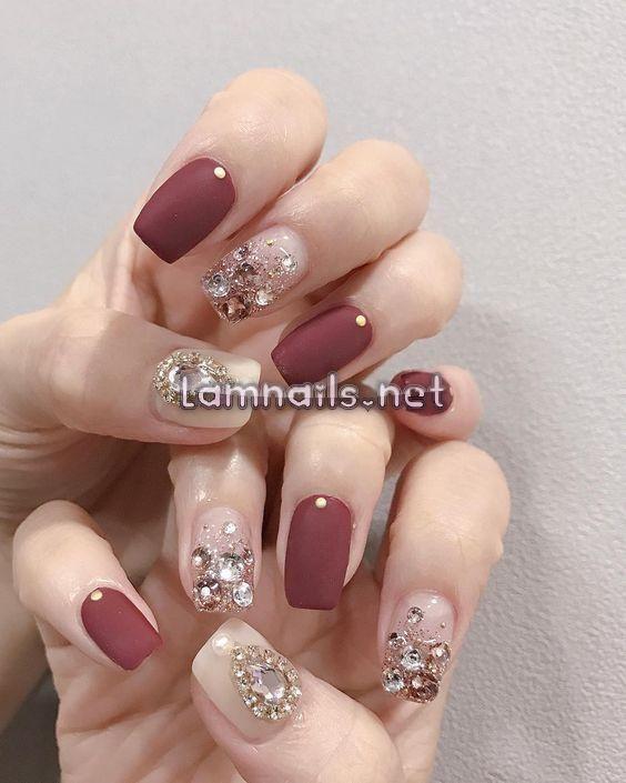 Mẫu Nail Đẹp: Mẫu nail xinh cho cô dâu, xu hướng nail 2021