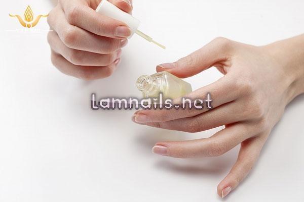 8 biện pháp khắc phục móng tay ố vàng; - baogiadinh.vn
