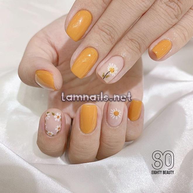 Mẫu Nail Đẹp: Mẫu nail mùa thu, hướng dẫn học vẽ nail hoa cúc trắng chào Thu, xu hướng nail 2021