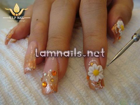 Học vẽ nail hoa cúc dại tuyệt đẹp; - baogiadinh.vn