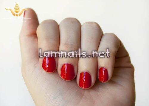 học vẽ nail đỏ nhũ vàng - baogiadinh.vn