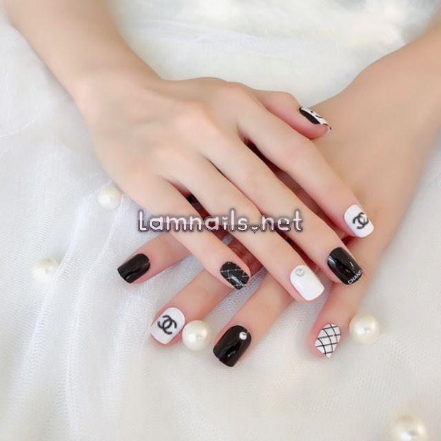 Mẫu Nail Đẹp: Học vẽ nail lấy cảm hứng từ Chanel, xu hướng nail 2021