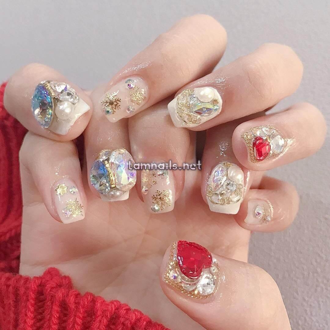 Mẫu Nail Đẹp: Cách tô điểm cho móng tay xinh, xu hướng nail 2021