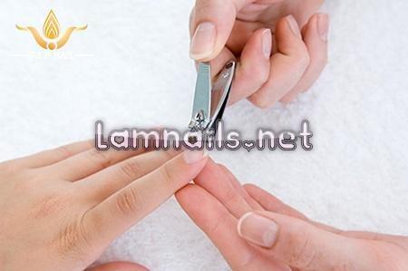 Những vấn đề liên quan đến cắt giũa móng tay, xu hướng nail 2021