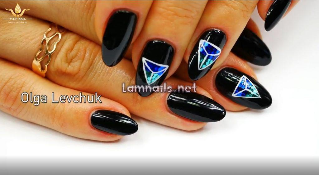 Video vẽ nail đính cườm tam giác - baogiadinh.vn