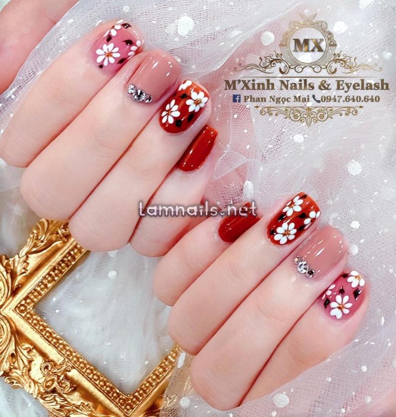 M'xinh Nails