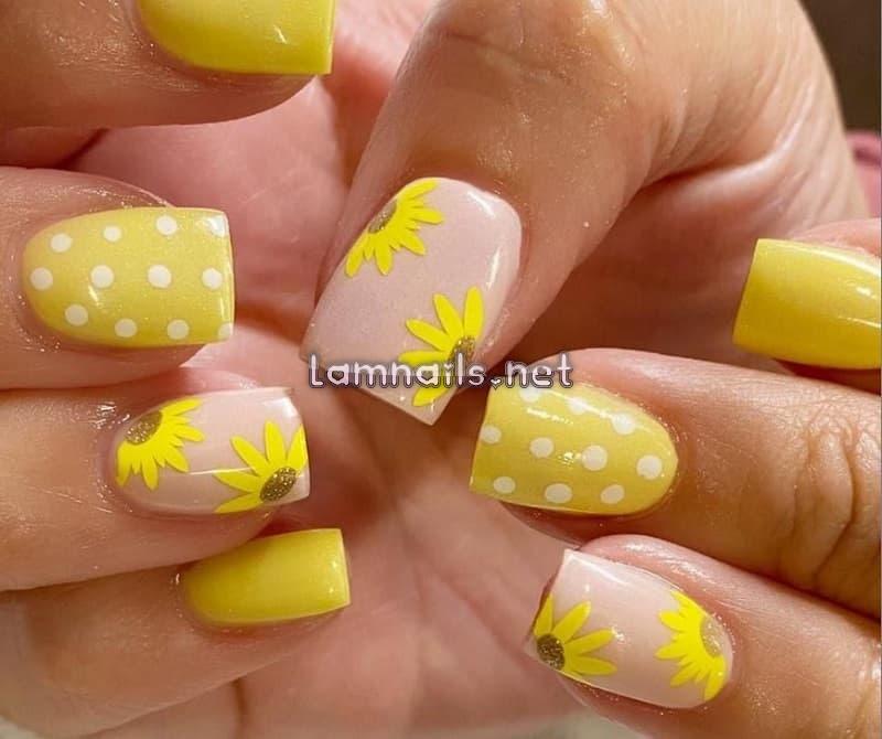 100+ Mẫu nail hoa hướng dương đẹp khiến các nàng mê mẩn