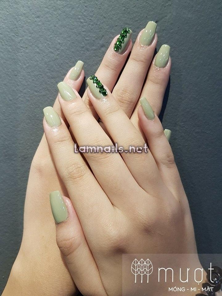 Mượt nail