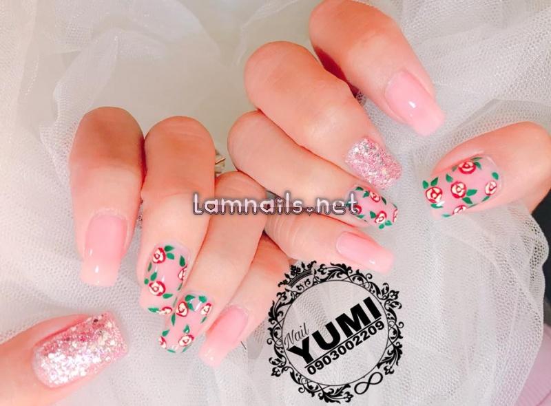 Yumi Nail