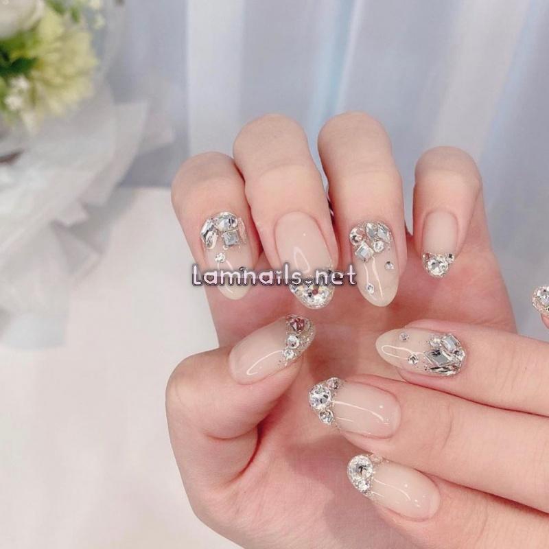 Mẫu nail đơn giản nhưng sang trọng - Tam Phương Nails