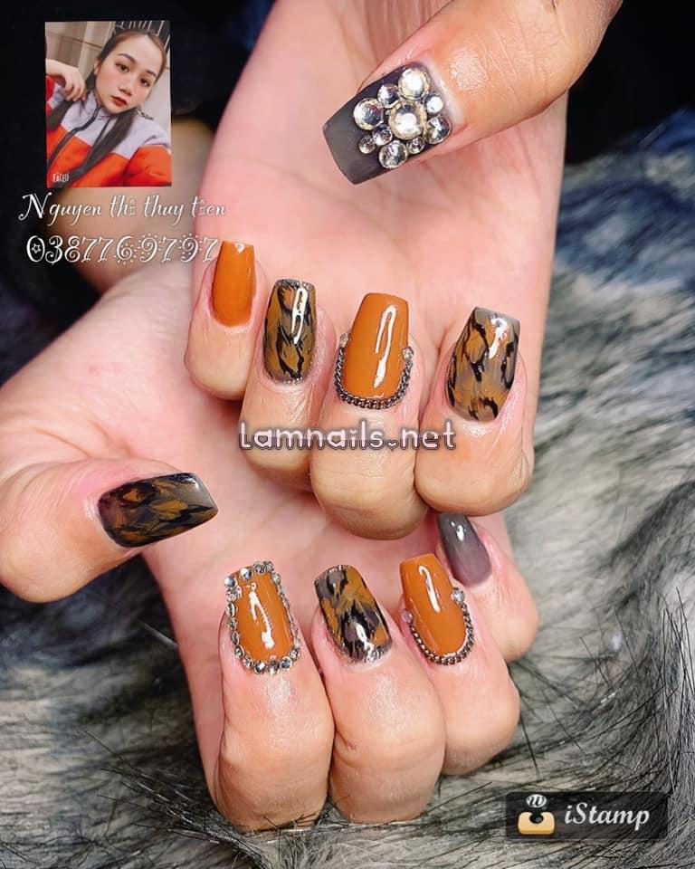 Mẫu nail sáng tạo từ nhà Thủy Tiên Nail