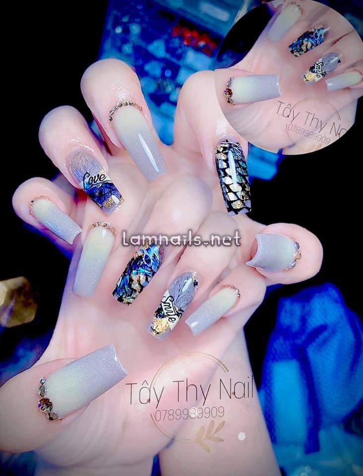 Nail ombre kết hợp vẽ trang trí đặc sắc - Tây Thy Nails