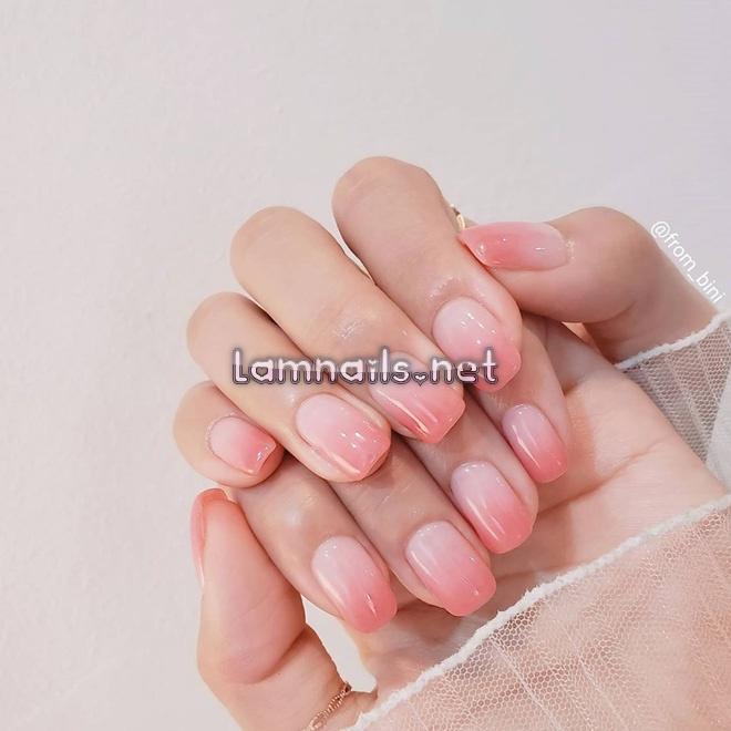 Mẫu nail học sinh: Mẫu móng tay được học sinh yêu thích, xu hướng nail 2021