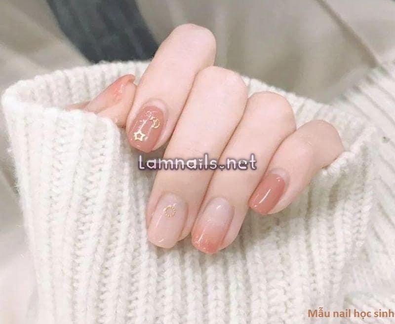 Mẫu nail học sinh: Những mẫu nail đẹp nhẹ nhàng, xu hướng nail 2021