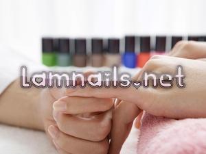 Những phương pháp phục hồi móng tay sau khi gỡ bỏ lớp Acrylics
