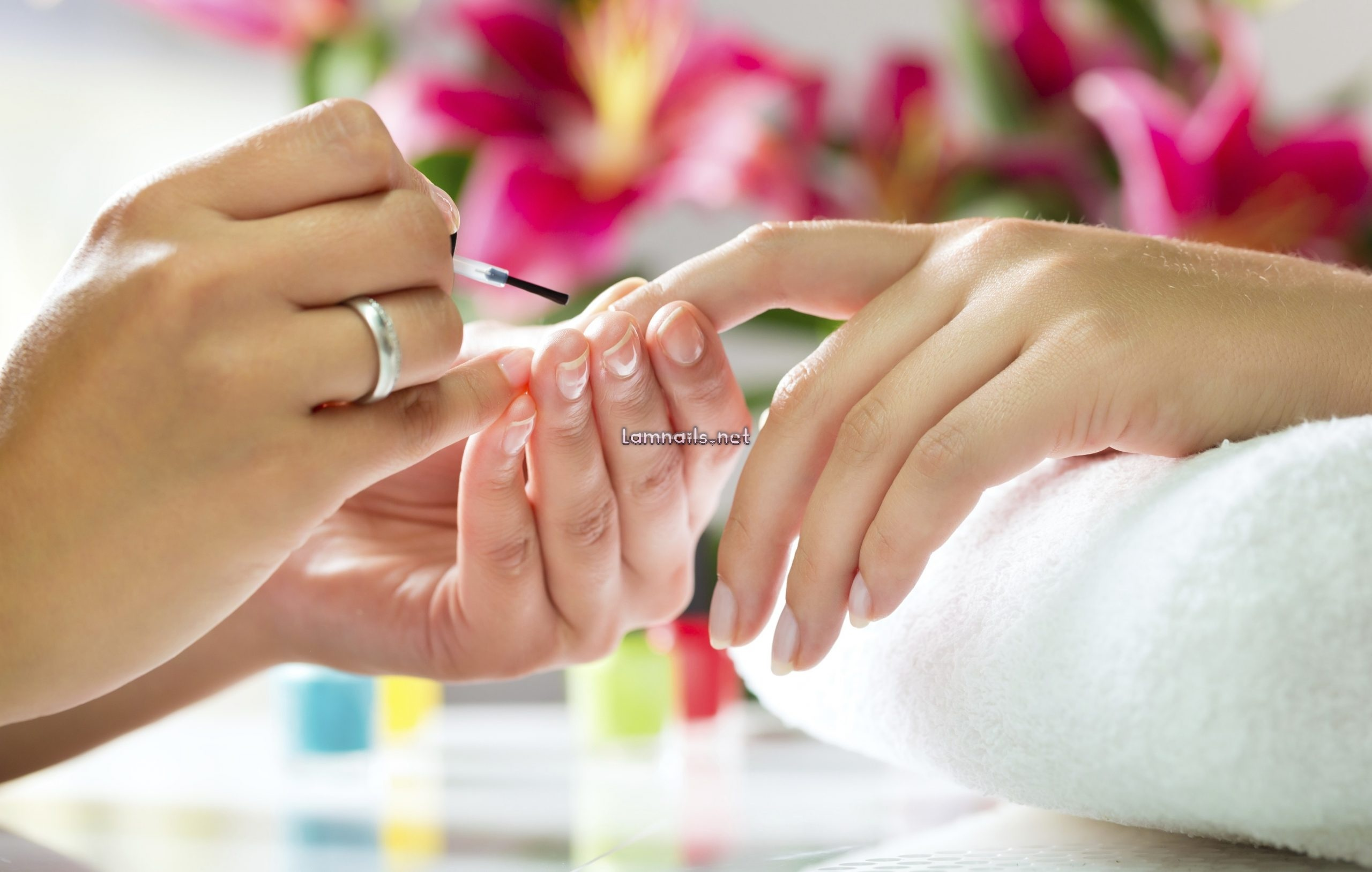55 câu tiếng anh giao tiếp trong nghề nails - Tiếng anh tại tiệm Nails - Tiếng Anh ABC