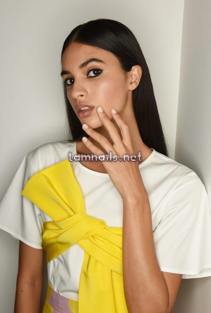 Tuần lễ thời trang New York 2021: Morgan Taylor Với Thương Hiệu Carolina Herrera
