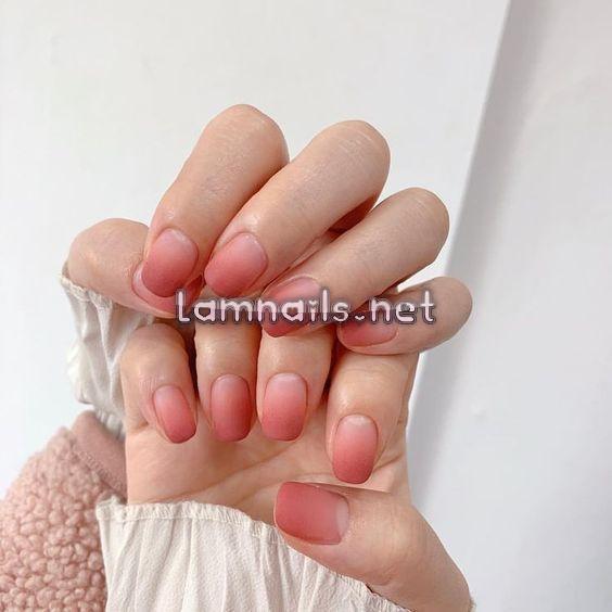 """Các mẫu nail màu hồng đẹp long lanh - Không chỉ """"bánh bèo"""" mới mê như điếu đổ"""