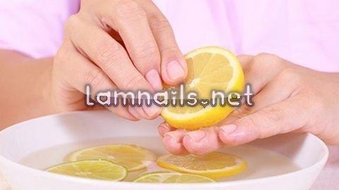 Chăm sóc móng tay bằng chănh
