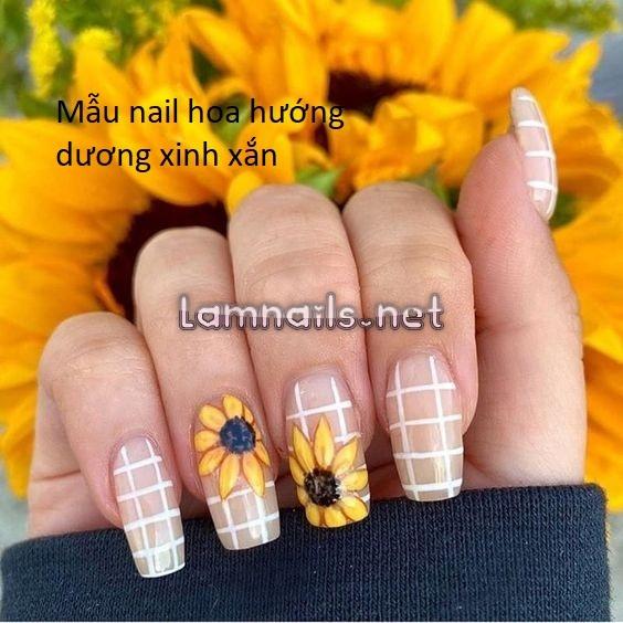Top 9 mẫu nail hoa hướng dương nhẹ nhàng tươi tắn khiến nàng trông xinh hơn